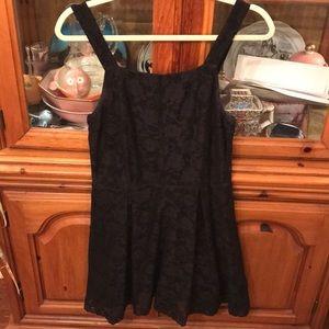 TOPSHOP BLACK LACE DRESS